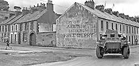 Gable Wall, Northern Ireland Troubles, Ireland Map, Armoured Personnel Carrier, Londonderry, British Army, Armored Vehicles, Belfast, Military History