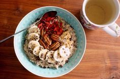Apple cinnamon oatmeal with banana, pecans, goji berries, crunchy peanut butter, maple syrup, chia seeds and cacao nibs :)
