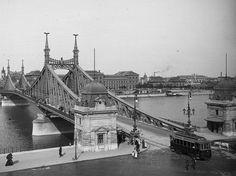 Liberty Bridge Old Pictures, Old Photos, Liberty Bridge, Budapest, Tower Bridge, Historical Photos, Hungary, Tao, Austria