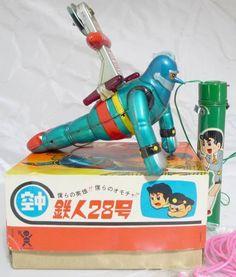 1960s Vintage BANDAI Flying TETSUJIN 28 Robot Statue Tin Litho Toy Battery