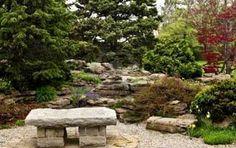 30 Amazing Modern Japanese Garden Design Ideas (for Home, Office, etc. Stone Garden Bench, Stone Bench, Garden Stones, Garden Benches, Jardin Feng Shui, Feng Shui Garden Design, Modern Japanese Garden, Japanese Gardens, Garden Photos