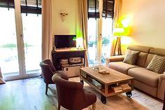 Avenue Marceau - Paris - Furnished studio apartment for rent https://www.glamourapartments.com/paris/marceau-studio