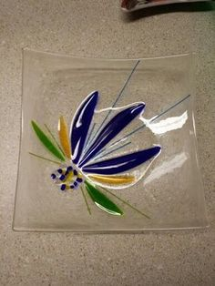 Newest fused glass plate, l made. Slumped Glass, Fused Glass Plates, Fused Glass Jewelry, Fused Glass Art, Glass Dishes, Glass Fusing Projects, Stained Glass Projects, Glass Flowers, Glass Birds
