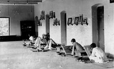 Painting class at Kala Bhavana, Institute of Fine Arts, faculty of the Visva-Bharati University, Shantiniketan