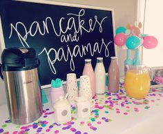 Pancakes and Pajamas birthday party decoration ideas. Coffee and milk bar. Brunch Party Decorations, Brunch Decor, Brunch Ideas, Breakfast Ideas, Brunch Recipes, Birthday Decorations, Birthday Breakfast, Birthday Brunch, Baby Girl First Birthday