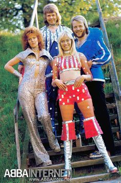 ABBA_PHOTO117L.jpg (JPEG attēls, 842×1276 pikseļi) - Mērogots (66%)