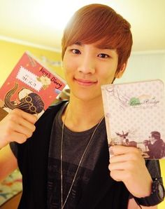 Key(SHINee) with his diaries