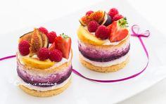 Vanille-Beeren Törtchen Cheesecake, Desserts, Food, Vanilla, Pies, Kuchen, Dessert Ideas, Food Food, Tailgate Desserts