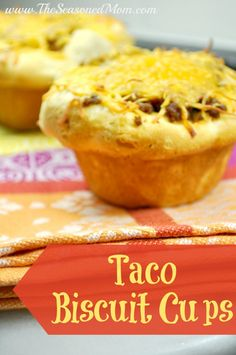 Taco Biscuit Cups: take advantage of canned biscuit dough for this quick and easy weeknight dinner that everyone loves! You can even use your left-over taco meat or sloppy joe meat! Easy Dinner Recipes, My Recipes, Mexican Food Recipes, Beef Recipes, Appetizer Recipes, Cooking Recipes, Favorite Recipes, Appetizers, Recipies