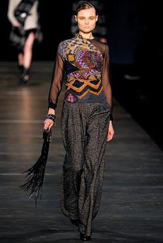Etro Fall 2011 Ready-to-Wear Fashion Show - Magdalena Frackowiak