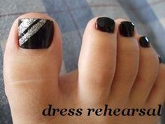simple black and silver toe nails