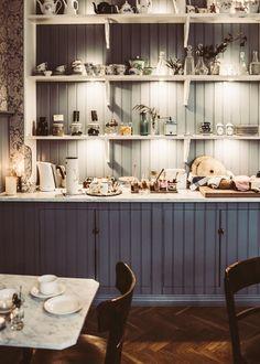 Dining Room Furniture Design, Modern Furniture, Rooms Furniture, World Of Interiors, Chair Design, Design Design, Decorating Blogs, Elle Decor, Modern Chairs