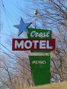 Crest Motel -    On old highway US24/40 in western Kansas City, Kansas