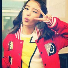 #아이유 #이지은 #IU #leejieun #kpop #kmusic #korea #Coreia #uzzlang #singer #cantora #asiangirl #instagirl - @iu_brasil- #webstagram