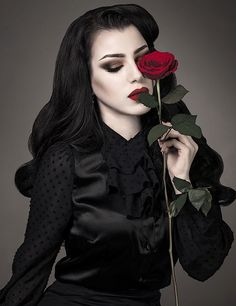 lady rose | Girl | Goth | picture | Photography                              …
