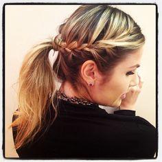 .@Júlia Faria | In love com o cabelo que a @Dennya Carvalho fez p mim... Amei, amei, amei...