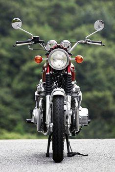 Vintage Motorcycles 『伝え残したい名車 『H…』 - Vintage Honda Motorcycles, Honda Bikes, Custom Motorcycles, Cars And Motorcycles, Custom Bikes, Honda Cb 100, Honda 750, Honda Scrambler, Enduro Motorcycle