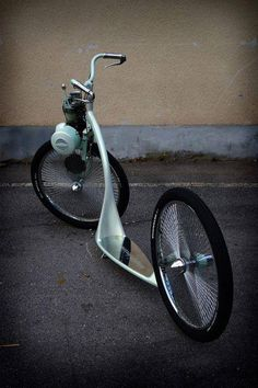 Solex by Dreamachine. I rode the original Solex moped in France. Velo Tricycle, Drift Trike, Motorized Bicycle, E Scooter, Motor Scooters, Kustom Kulture, Pedal Cars, Mini Bike, Bike Design
