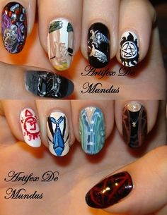 Supernatural nails These are absolutely fabulous and i wish i could do this to my nails without messing it up. Supernatural Nails, Cute Nails, Pretty Nails, Hair And Nails, My Nails, Creative Nails, Nail Art Designs, Finger, Geek Stuff