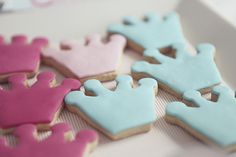 Cookies Cupcake, Crown Cookies, Galletas Cookies, Biscuit Cookies, Cookies Princesse, Princesse Party, Princess Cookies, 1st Birthday Parties, Girl Birthday