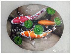 堆糖-美好生活研究所 Pond Painting, Turtle Painting, Pebble Painting, Pebble Art, Stone Crafts, Rock Crafts, Arts And Crafts Projects, Turtle Painted Rocks, Hand Painted Rocks
