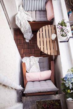 24 Modern Small Balcony Design Ideas For Apartment