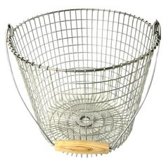 I saw this Target basket on another blog and kind a love the wooden handle.