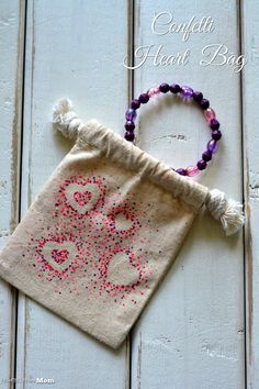 Architecture of a Mom: Confetti Heart Bag a simple craft perfect for #valentines or just because #gifts