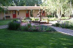 Courtyard in summer--butterflies, birds and YOU! taos, $80, pet ok