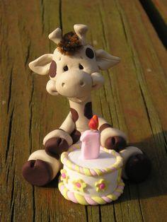 Such a cute cake topper!