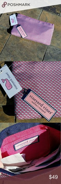 """Vineyard Vines Silk Whale Clutch NWT New with tags.  Metal snap frame closure.  Approx 8.5 x 5.5"""" Vineyard Vines Bags Clutches & Wristlets"""