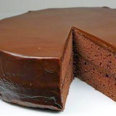 Flourless Chocolate Cake with Chocolate Glaze | Rincón Cocina
