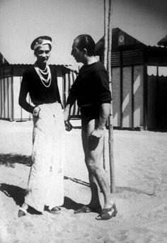 Coco Chanel, une des premières femmes à oser le pantalon