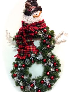 Hey, I found this really awesome Etsy listing at https://www.etsy.com/listing/199264191/snowman-wreath-christmas-holiday-winter