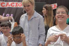 Programa Una Mirada Para Los Niños. Entrega de anteojos. Merlo