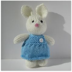 Millie the Rabbit knitting pattern by Amanda Berry
