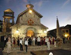 Marrying in the Caribbean: Destination Wedding Q http://wedding.theknot.com/wedding-planning/destination-weddings/articles/caribbean-destination-wedding.aspx#