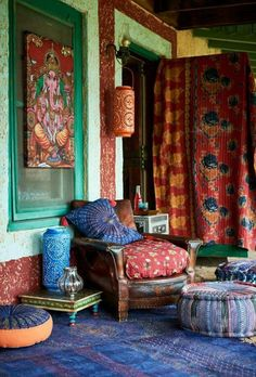 You can even make distinct color patterns for a variety of areas of your residence. This is to state, bohemian decor is about mixing, matching, coloring and smartly putting of . Read AMAZING BOHEMIAN STYLE HOME DECOR IDEAS Bohemian Style Home, Bohemian House, Bohemian Living, Boho Hippie, Gypsy Style, Bohemian Porch, Boho Room, Modern Bohemian, Interior Flat