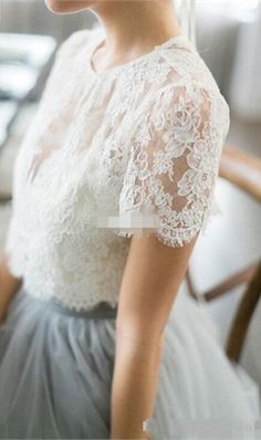 Summer Beach Wedding Dresses Ice Blue Tulle Lace Top Crew Neckline Short Sleeve Sexy Outdoor Wedding Bridal Gowns