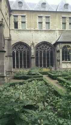 Klostergarten in den Niederlanden
