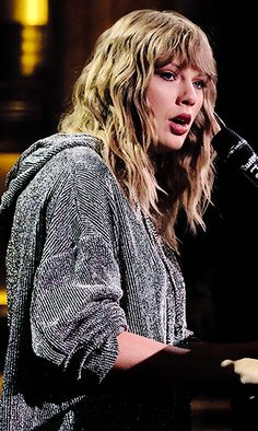 Taylor Swift Edit — Taylor Swift + fashion choices (November 2017)