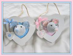 Lieve baby schilderijtjes met gehaakt muizen kopje. Ik maak deze op bestelling ook in de door jouw gewenste kleur