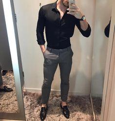 Formal men outfit - Casual outfit for men cc menwithclass ig Formal Dresses For Men, Formal Men Outfit, Formal Wear For Men, Semi Formal Outfits, Formal Shirts For Men, Stylish Mens Outfits, Casual Outfits, Fashion Outfits, Basic Outfits