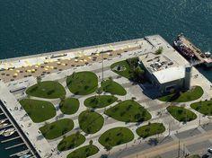 #landarch #urbandesign Toronto HTO Park by adawnjournal, via Flickr