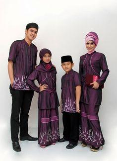 Baju muslim batik bisa menjadi opsi terbaik untuk pria yang ingin tampil  tampan ala Indonesia asli e91f2ce4ba