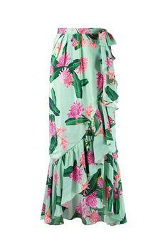 Fashion design skirt vogue 28 ideas for 2019 Vogue, Mode Batik, Modest Fashion, Fashion Dresses, Cute Skirts, Midi Skirts, Mode Style, Dress Skirt, Ruffle Skirt