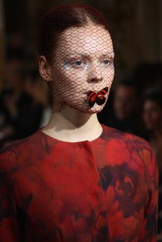 Halloween Makeup Inspiration From Runway | Giambattista Valli
