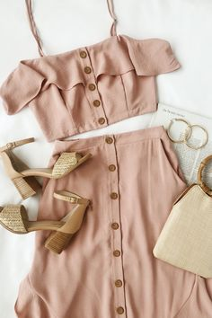 Get all the spring outfit inspo with this mauve pink two-piece dress. This top-r… Get all the spring outfit inspo with this mauve pink two-piece dress. This top-rated set is perfect for warm weather. The woven crop top has a… Continue Reading → Pink Two Piece, Two Piece Dress, Mode Outfits, Casual Outfits, Fashion Outfits, Fashion Trends, Large Size Dresses, Nice Dresses, Maxi Dresses
