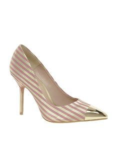 Stripes Gold Toe #shoes, #women, https://facebook.com/apps/application.php?id=106186096099420