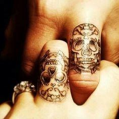 Skull couples tattoo's
